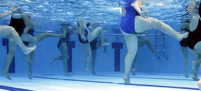 Muoversi in acqua per muovere le gambe e prevenire o curare le vene varicose